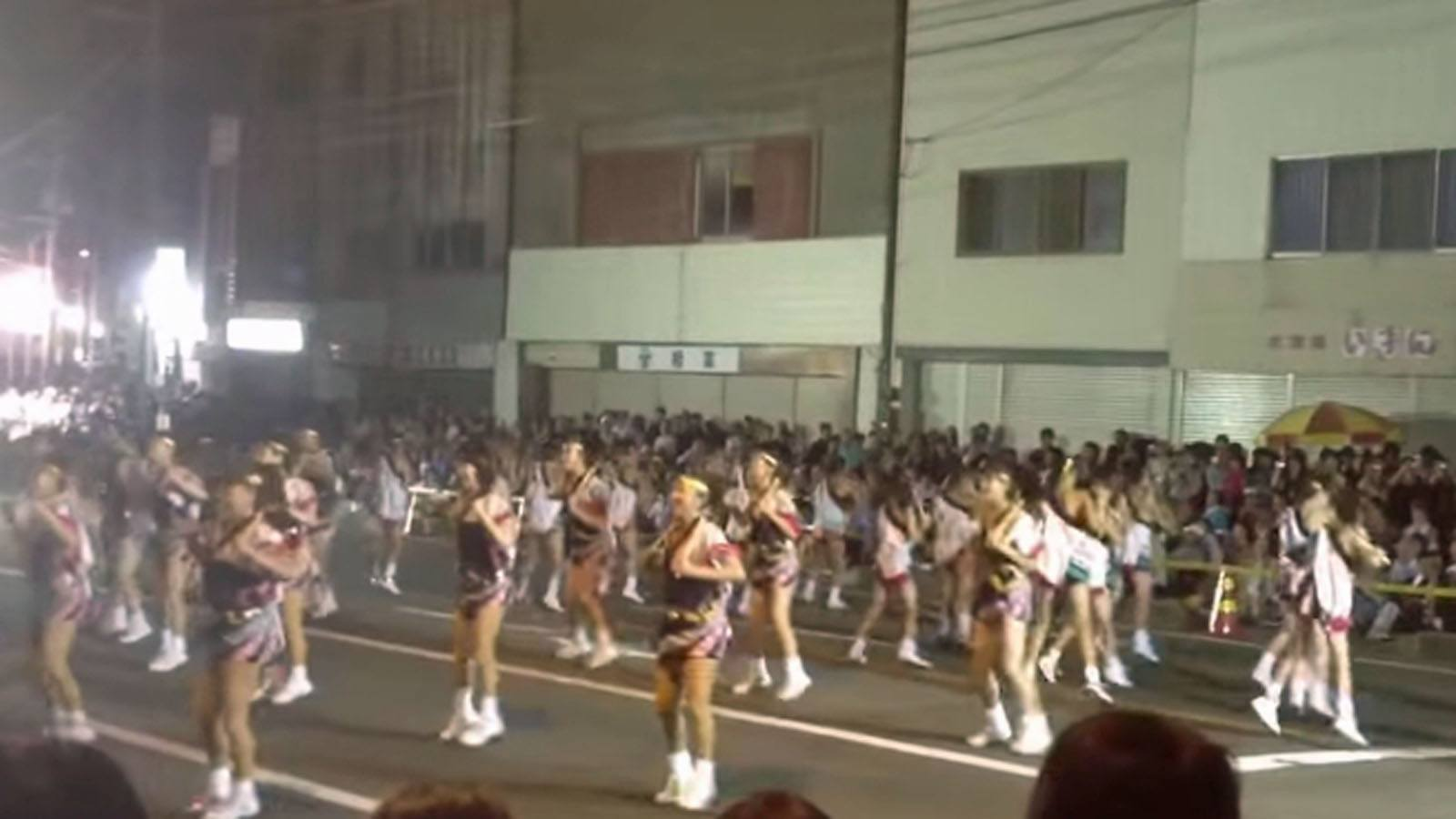秋田県おなごりフェスティバル