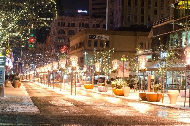 12月の冬の街並み